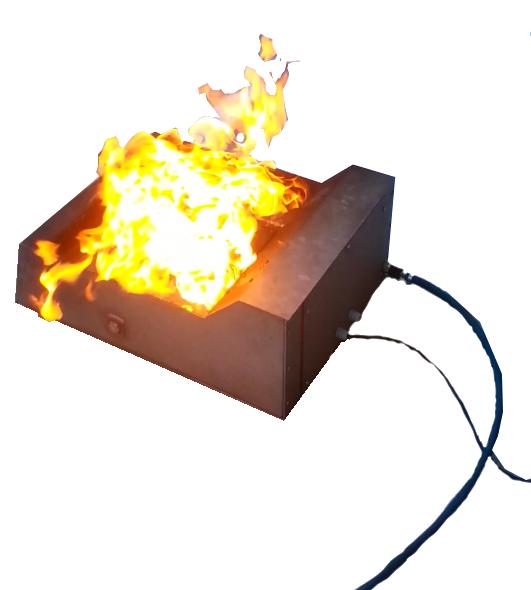 Ликвидация очага возгорания при помощи первичных средств пожаротушения